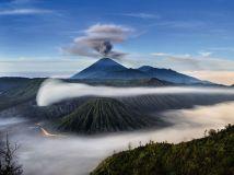 mount-semeru-indonesia