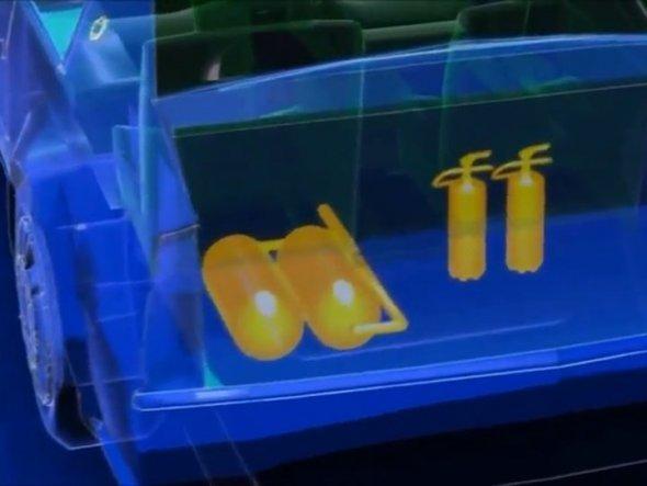 În portbagaj se găsesc butelii de oxigen, echipament antiincendiu