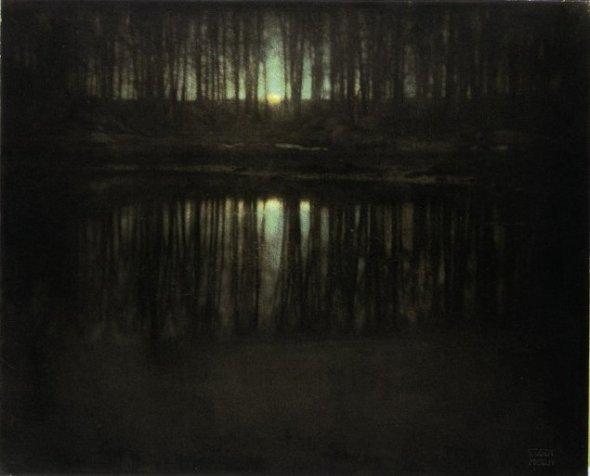 The Pond/Moonlight a lui Edward Steichen (1904) a fost vândută pentru 2.9 milioane USD