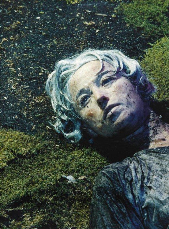 Untitled #153 - Cindy Sherman (1985), fotografie vândută pentru 2,7 milioane de dolari