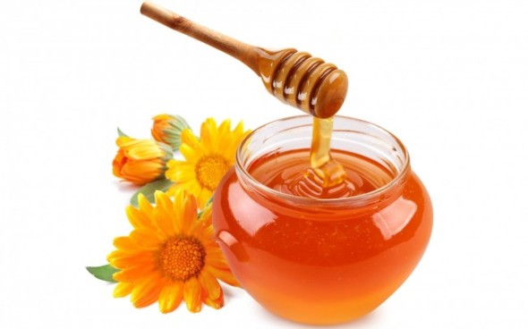 the-amazing-benefits-of-honey1-650x406