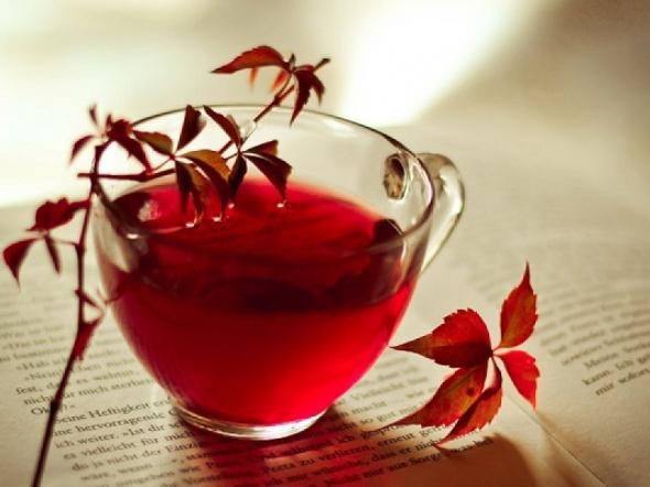 Ceaiul rosu, elixirul vietii lungi si sanatoase la japonezi