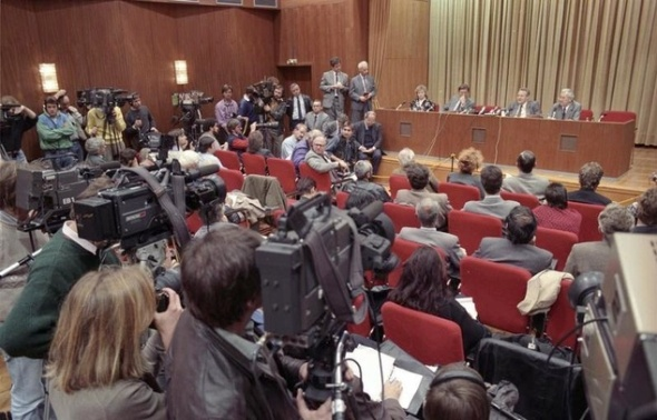Conferinţa de presă din 9 noiembrie 1989 a lui Günter Schabowski