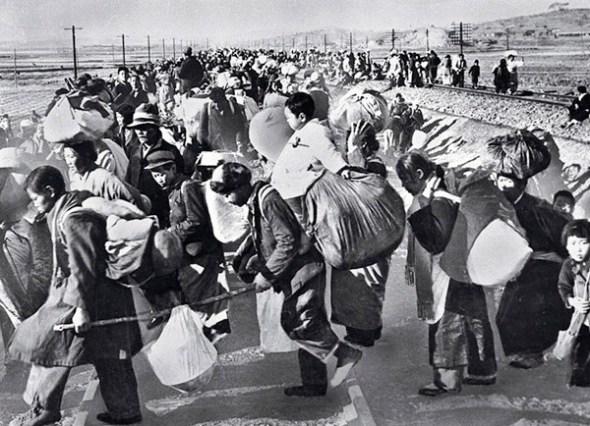 Sute de mii de sud-coreeni au fugit în sud după invazia armatei nord-coreene