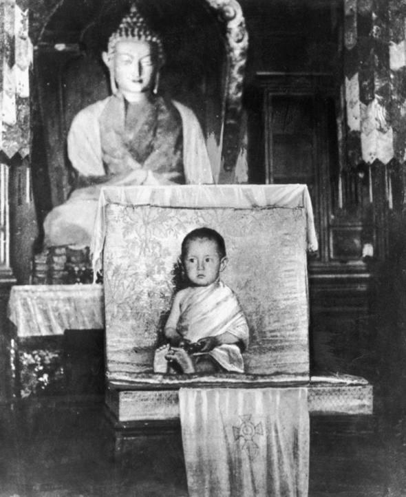 Dalai Lama la vârsta de 2 ani, 1937