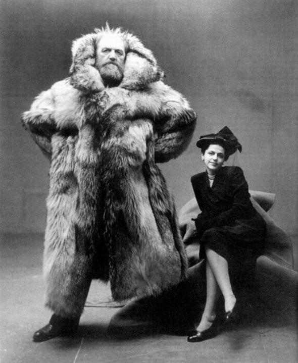 Exploratorul arctic Peter Freuchen cu soția sa, 1947