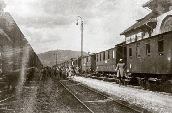Foto: Trenul care a dus la Moscova primul transport din tezaurul românesc